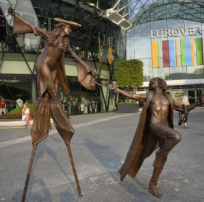 Eurovea a sochy z rozprávky